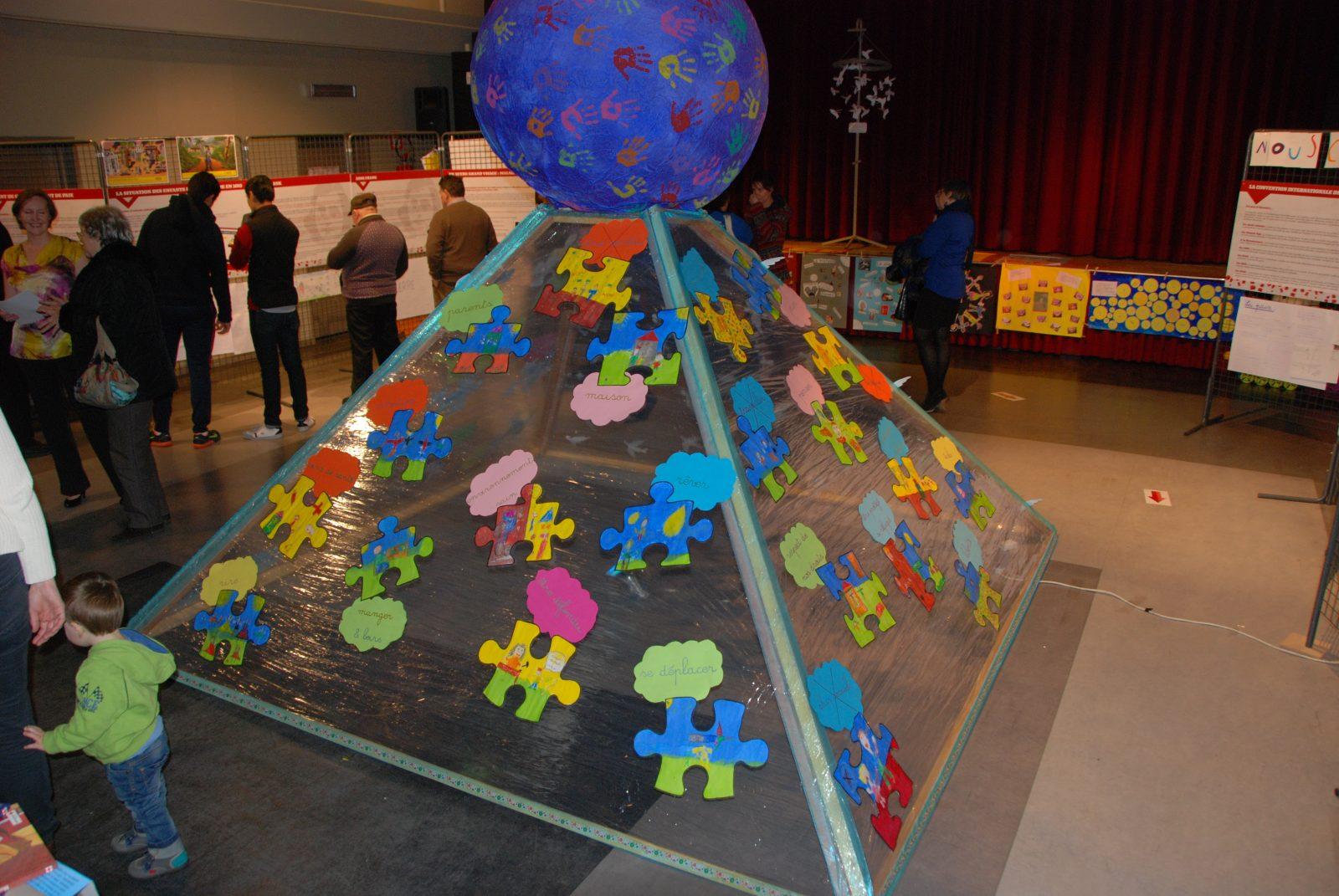 Exposition «Enfant de guerre, enfant de paix» (du 20 au 26 novembre 2015)